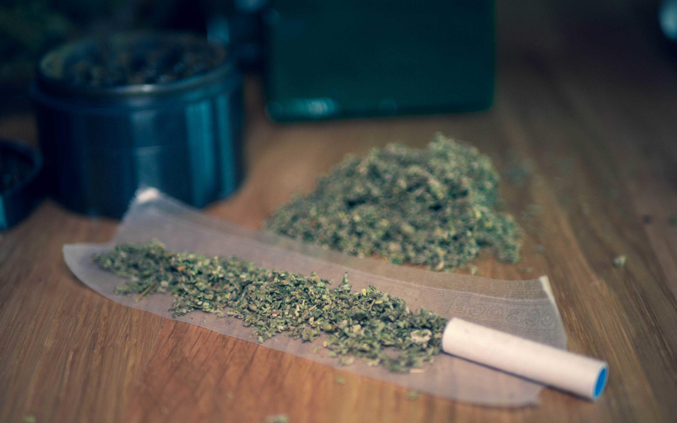Joint mit Kräutermischung als Tabakalternative